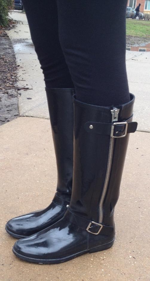 Aminah rain boot