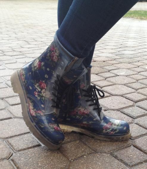 Jireh rain boot