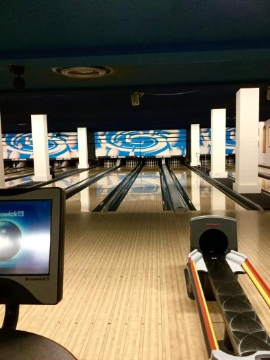 bowlingdate1