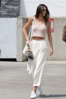 hbz-kendall-sneakers