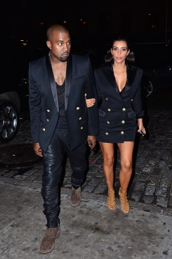 54bc373402dc1_-_hbz-kimye-matching-outfits-458551200