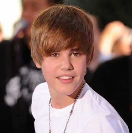 625945-famous-justin-bieber-young