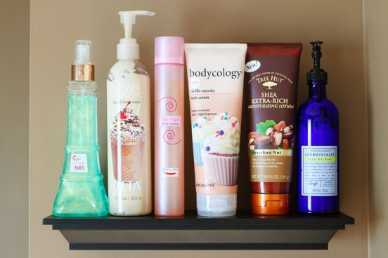 bathroom-shelves-organizing-perfumes-and-lotions-6