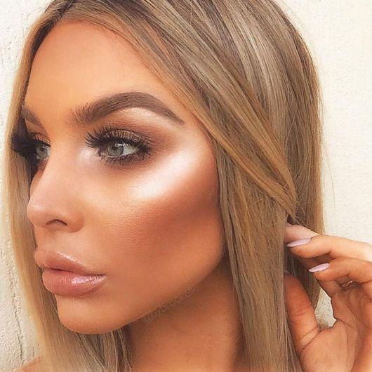 8182635a63eb0898710cc83b0b11c974-kiss-makeup-face-makeup