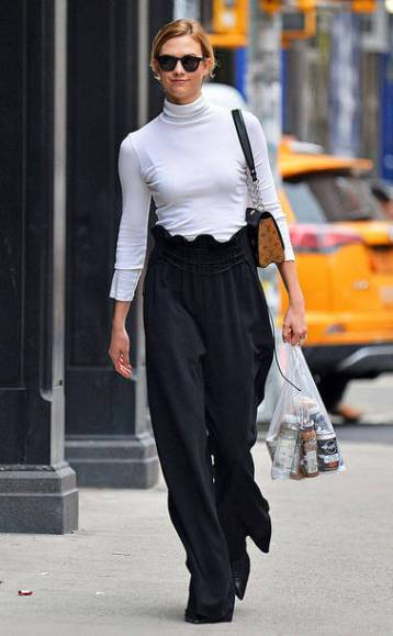 r98uhm-l-610x610-pants-wide+leg+pants-karlie+kloss-black+white-turtleneck--streetstyle-model+duty-high+waisted
